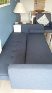 A bunk bed or bunk beds in a room at Apto dentro de Resort com vista para o mar