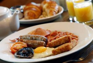 Breakfast options available to guests at Governors House by Greene King Inns