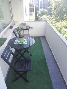 A balcony or terrace at Lisbon Apartment with Garden View
