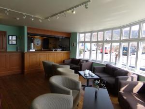 The lounge or bar area at Caledonian Hotel 'A Bespoke Hotel'