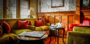 A seating area at Fischers Baslow Hall - Chatsworth