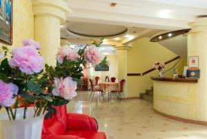 Лобби или стойка регистрации в Шарм Отель