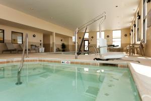 The swimming pool at or near Hampton Inn & Suites Riverton