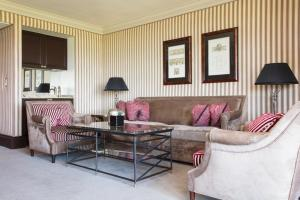 A seating area at Old Course Hotel St Andrews