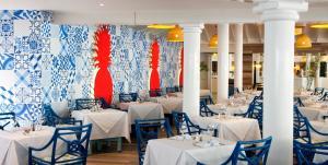 Ein Restaurant oder anderes Speiselokal in der Unterkunft VH - Gran Ventana Beach Resort