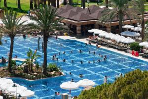 Vista de la piscina de Crystal Tat Beach Golf Resort & Spa o alrededores
