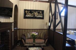 A seating area at Greyfriars Lodge
