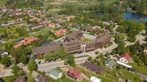 Widok z lotu ptaka na obiekt Hotel Żubrówka Spa & Wellness