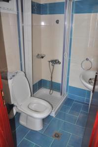 Ванная комната в Hotel Lefkadi