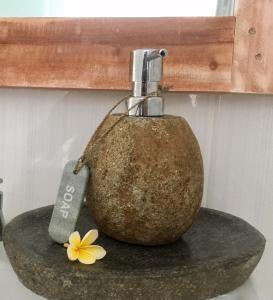 A bathroom at Narayana Homestay