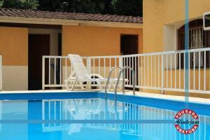 A piscina localizada em Pousada Alentejano I ou nos arredores