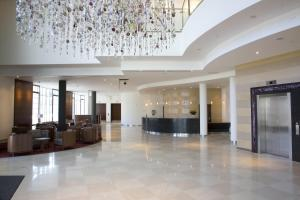 The lobby or reception area at Hilton Reading