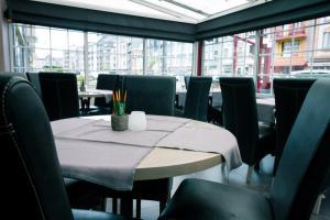 Een restaurant of ander eetgelegenheid bij Hotel Moby Dick by WP hotels