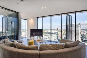 A seating area at Apartmentsouthbank