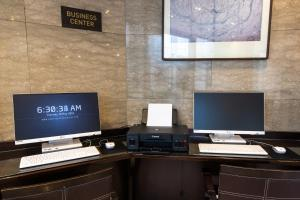 The business area and/or conference room at New Seoul Hotel Myeongdong