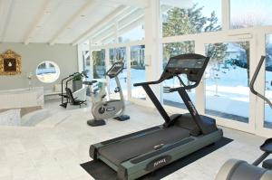 The fitness center and/or fitness facilities at Tannenhof Sport & SPA