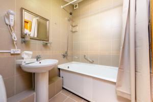 A bathroom at Hotel Menshikov