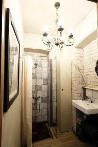 Ванная комната в Family apartment on Petrovka 26
