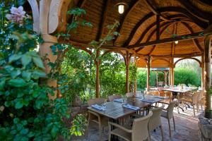 A restaurant or other place to eat at Babiččina Zahrada Penzion & Restaurant
