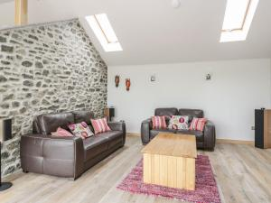 A seating area at Knowehead Bothy, Insch
