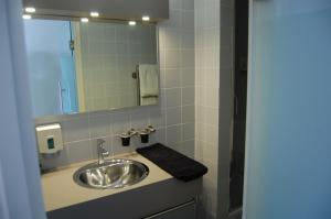Een badkamer bij Vesting10