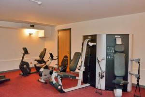 The fitness center and/or fitness facilities at Grand Hotel Menaggio