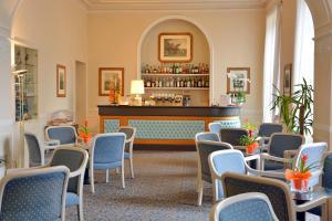 The lounge or bar area at Grand Hotel Menaggio