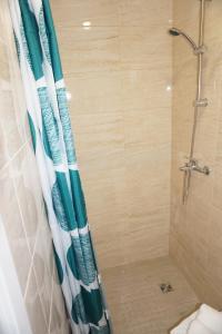 A bathroom at Studio Kantule