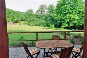 Balcon ou terrasse dans l'établissement le four au bois