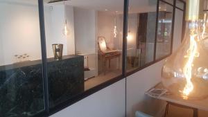 Een badkamer bij Rewindhotel