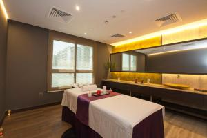 Spa and/or other wellness facilities at Flora Inn Hotel Dubai Airport
