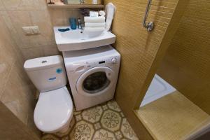A bathroom at Lux Apartments - Krasnoselskaya