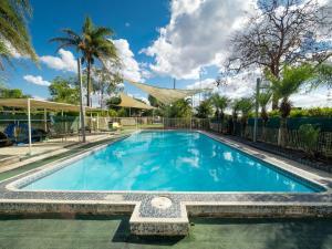 The swimming pool at or near Biloela Caravan & Tourist Park