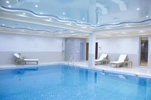 The swimming pool at or near Hotel Atlas