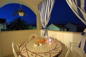 A balcony or terrace at Apartments Residence Sunce Supetar