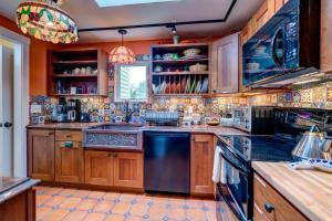 A kitchen or kitchenette at Vintage Rockport Escape