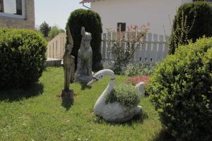 A garden outside House Sebalj