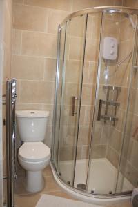 A bathroom at Moorside Lodge