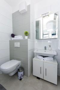 A bathroom at Cvit Jadrana