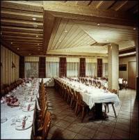 Ein Restaurant oder anderes Speiselokal in der Unterkunft Gasthof-Hotel-Löwen