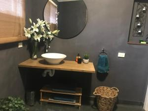 A bathroom at Couples Private Spa Retreat