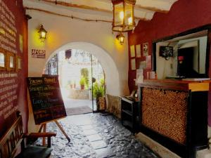 The lobby or reception area at Intro Hostels Cusco