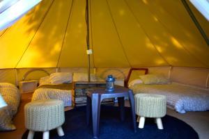 Cama o camas de una habitación en Camping Alpujarras