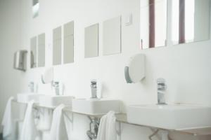A bathroom at Lisbon Destination