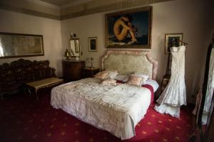 Łóżko lub łóżka w pokoju w obiekcie Hotel Ambasada Bolesławiec