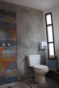 A bathroom at Nomad Hostel