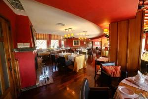 Un restaurante o sitio para comer en Pousada do Marão - S. Gonçalo