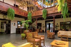 De lobby of receptie bij Hotel Marquesa