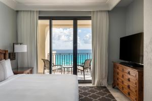 A television and/or entertainment center at Marriott Cancun Resort