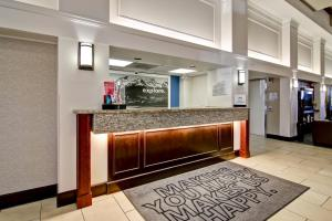 The lobby or reception area at Hampton Inn & Suites by Hilton Calgary-Airport
